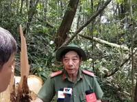 Đại tá Nguyễn Viết Lợi – Giám đốc Công an tỉnh Quảng Nam trao đổi với PV