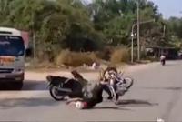 Video: Người đàn ông đánh võng gây tai nạn nghiêm trọng
