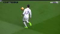 C.Ronaldo thi triển tuyệt kỹ của Ronaldinho