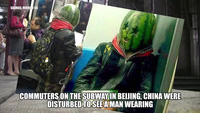 Chết cười với muôn kiểu hành khách kỳ dị tại các ga tàu điện ngầm