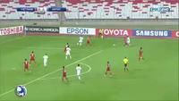 """U19 Việt Nam - U19 Nhật Bản: Nakamura  """"bị ép"""" ghi bàn"""