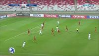 U19 Việt Nam - U19 Nhật Bản: Nakamura sút cắt mặt khung thành ra ngoài