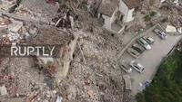 Thị trấn Pescara del Tronto tại miền trung Italy bị tàn phá nhìn từ trên cao