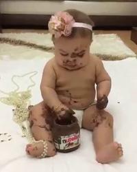 Clip em bé dễ thương