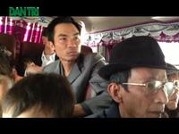 """""""Hành xác"""" trên những chuyến xe về Thủ đô sau Tết"""