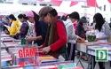 Hàng nghìn người tham dự phiên chợ sách cũ