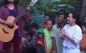 Hồ Văn Cường, Jayden đã hát lại những ca khúc dân ca như Bà Năm, Quê hương, Về quê... dành tặng bà con xóm làng.
