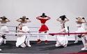 Chi Pu khoe vũ đạo đẹp mắt với Fighting Fighting.