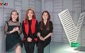 Em út của nhóm nhạc thần tượng thời 8X,9X - Mắt Ngọc khiến cả khán phòng bùng nổ với giọng hát chắc khỏe kết hợp với dòng nhạc EDM hiện đại.