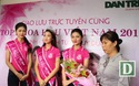 Tặng hoa Top 3 Hoa Hậu Việt Nam 2016