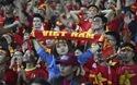 Các cung bậc cảm xúc của khán giả trên sân Mỹ Đình trong trận Việt Nam gặp Indonesia