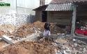 Anh Lê Văn Biên vui mừng trong ngày khởi công ngôi nhà mới