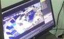 Clip tên cướp táo tợn dùng súng uy hiếp cướp ngân hàng chỉ 17 giây (nguồn: biên tập từ clip L.V)