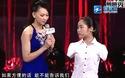 Cô gái không tay vượt qua số phận gây ấn tượng trên truyền hình Trung Quốc