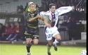 Henrik Larsson gãy chân khi thi đấu ở Celtic