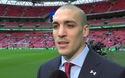 Các cầu thủ Southampton bước ra sân Wembley