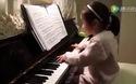 Cô bé thiên tài chơi piano khiến vạn người mê mẩn