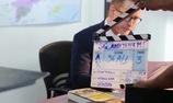 """Vợ chồng Đoan Trang quấn quýt trên phim trường """"Sài Gòn Anh Yêu Em"""""""