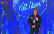 """Vietnam Idol: Hoài Thu hát """"Ngại ngùng"""""""