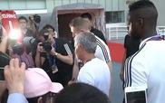 Mourinho lạnh lùng từ chối ký áo Chelsea