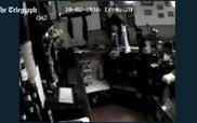 Tài xế xe bus tức giận phá nát cửa hàng sau khi bị sa thải