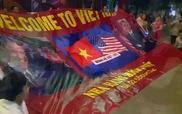 Người dân Việt Nam nồng nhiệt đón Tổng thống Obama