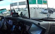 Hành động nghĩa hiệp của tài xế xe tải