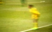 Pha đốt lưới nhà khó tin của thủ môn CLB AS Tefana