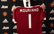 Mourinho phát biểu trước báo giới trong ngày ra mắt Man Utd