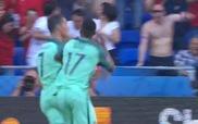 Cú đánh gót điệu nghệ của Ronaldo