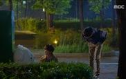 """Lucky Romance"": Bo Nui say xỉn, chèo kéo Soo Ho"