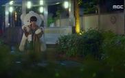 """""""Lucky Romance"""": Bo Nui say xỉn, cưỡng hôn Soo Ho"""