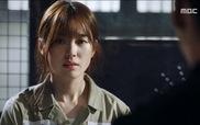 """""""W"""": Yeon Joo tiết lộ bí mật cho Kang Chul"""