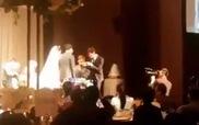 """Lee Kwang Soo và Kim Jong Kook cùng nhảy theo điệu nhạc """"Loveable"""" trong đám cưới của Myuk PD"""
