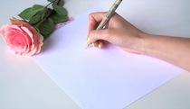 Cách vẽ hoa hồng kiểu tối giản để trang trí thiệp xinh