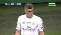 Bàn thắng mở tỉ số của Sergio Ramos vào lưới Atletico Madrid