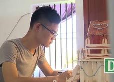 Con trai người thợ khóa giành 2 huy chương vàng toán quốc tế