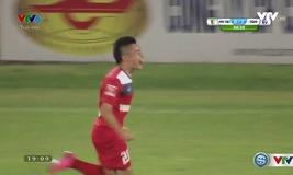 Xuân Hùng nâng tỉ số lên 2-0 cho Than Quảng Ninh