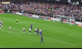 VIDEO Tổng hợp trận đấu Valencia 2-3 Barcelona