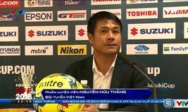 HLV Hữu Thắng và HLV Riedl trả lời phỏng vấn sau trận