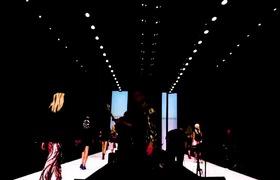 Sự kết hợp nghệ thuật biểu diễn thời trang và âm nhạc