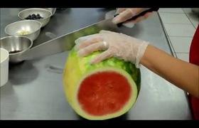 Cách làm bánh kem dưa hấu mát lạnh mùa hè