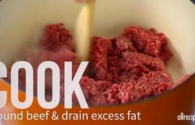 Vào bếp với món nước sốt cà chua thịt bò siêu ngon