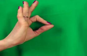 Tập yoga đơn giản cho bàn tay khỏe