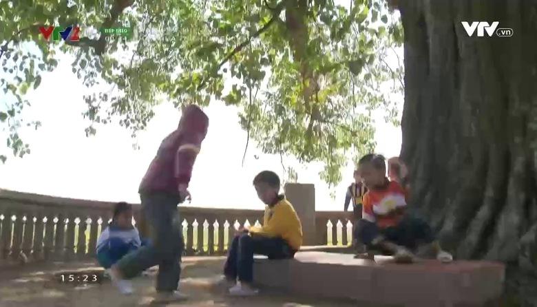 Việt Nam - Đất nước - Con người: Điệu chèo làng Khuốc
