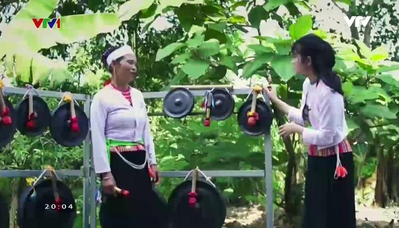 S - Việt Nam: Tiếng chiêng trên bản Mường